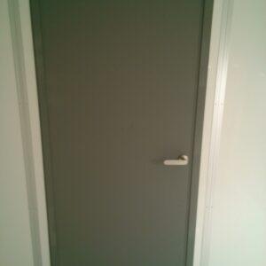防音室・ドア